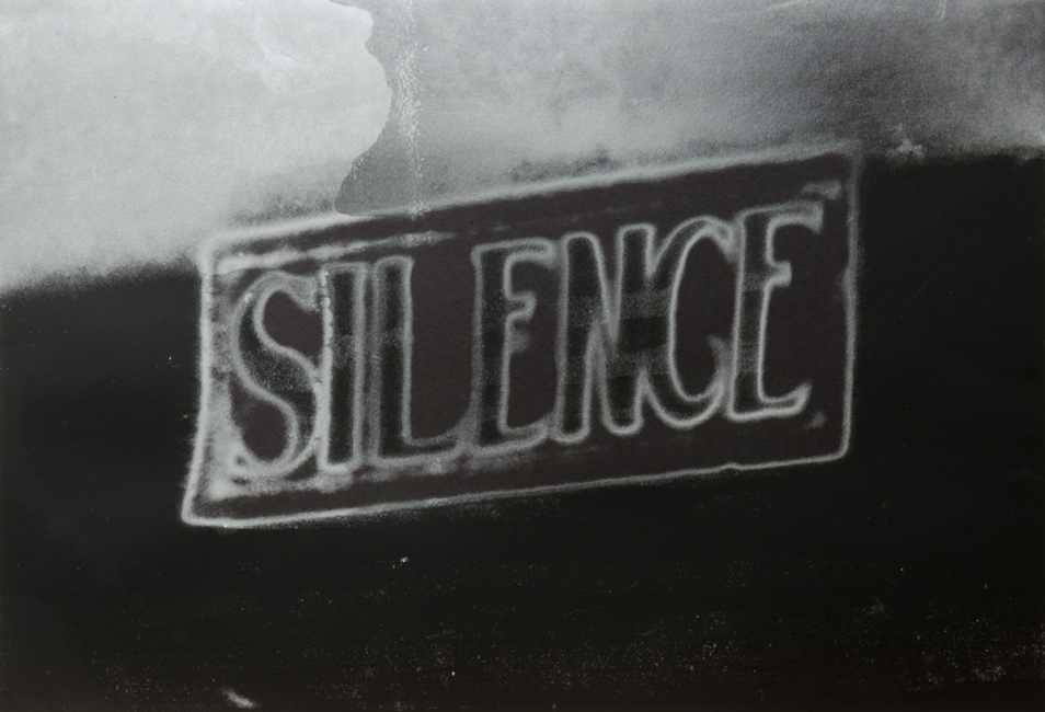 UnphotographCHRISTIAN-MARCLAY-Silence-(The-Electric-Chair)