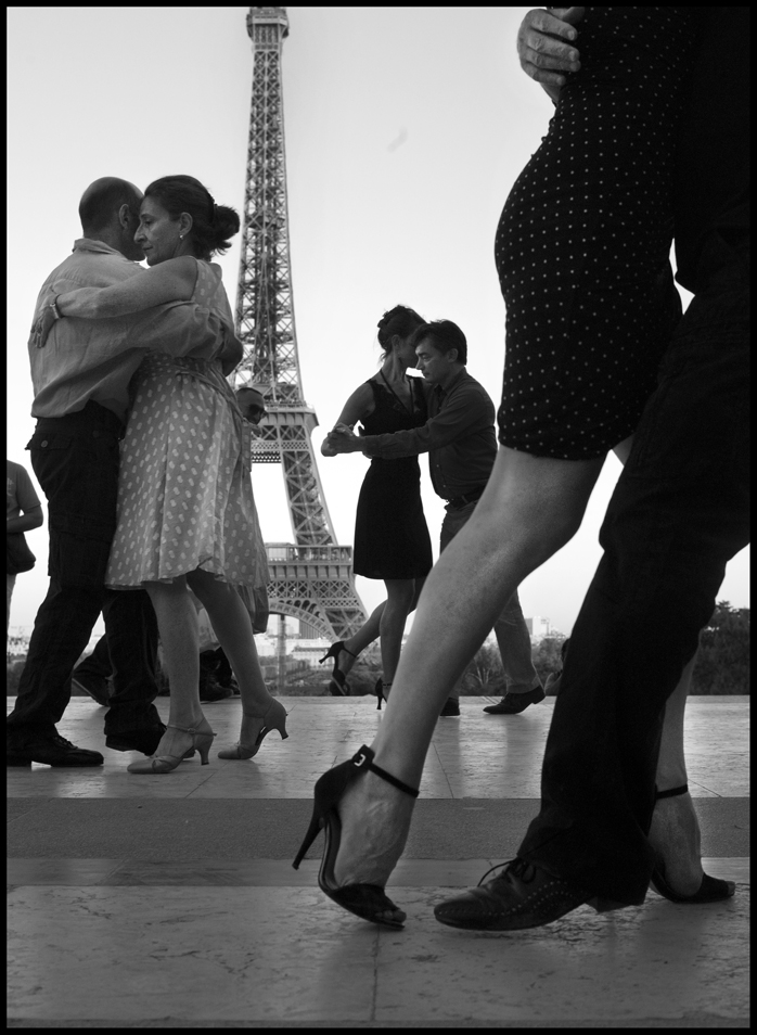 Peter_Turnley_French_Kiss_02