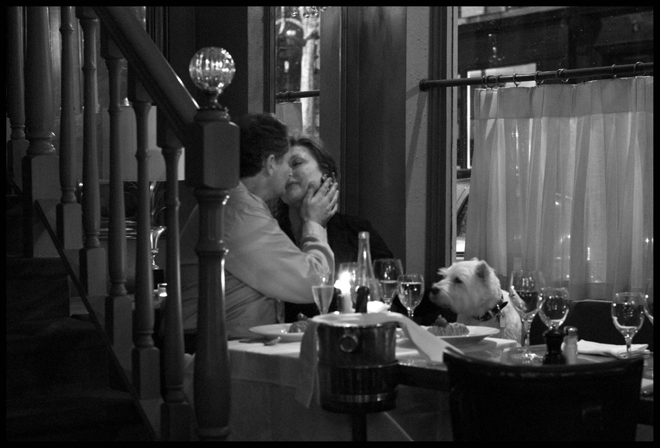 Peter_Turnley_French_Kiss_04